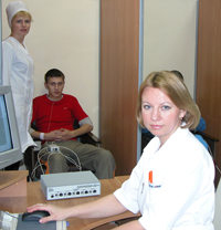 """Ангел Л.В. проводит исследование на приборе """"Гастроскан-5М"""""""